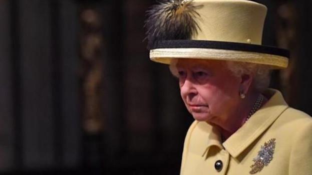 Третья мировая война должна начаться в 2017-м году, предупредила королева Елизавета