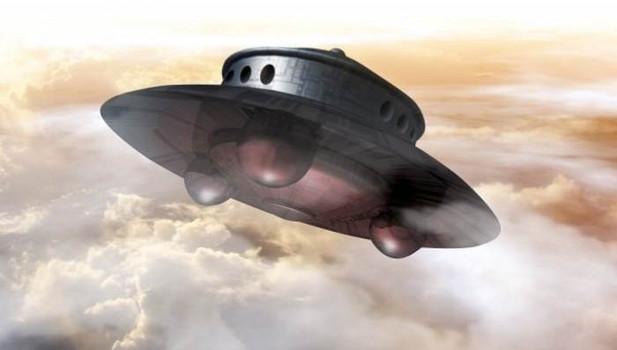 Житель Техаса увидел в небе 120-метровый НЛО