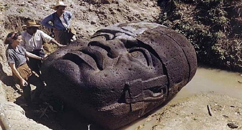 Гигантская каменная статуя Гватемалы и ее неразгаданная тайна