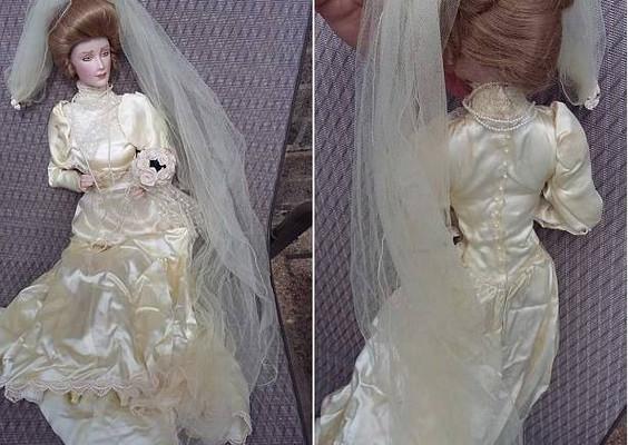 Британскую семью преследует одержимая духами кукла