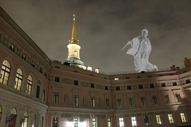 Призрак убитого императора не желает покидать покои Михайловского замк