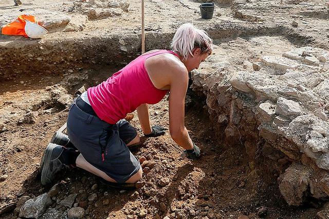 Найдена мастерская по изготовлению сосудов, в которых Иисус превращал воду в вино