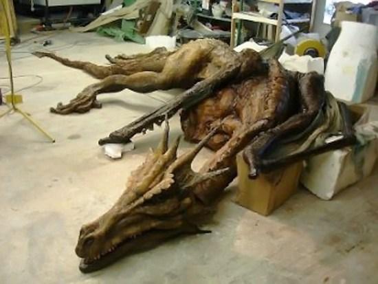 В Китае нашли скелет огромного дракона?