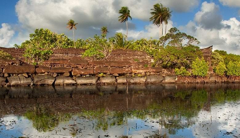 Получены новые спутниковые фото удивительного водного города Нан-Мадола