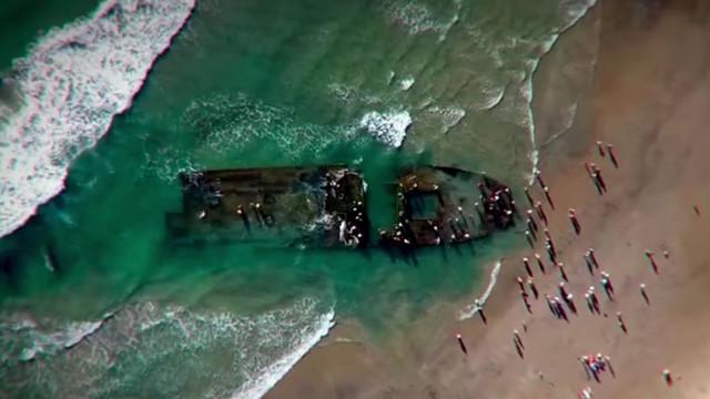 Российский лайнер-призрак с плотоядными крысами прибило к берегу США