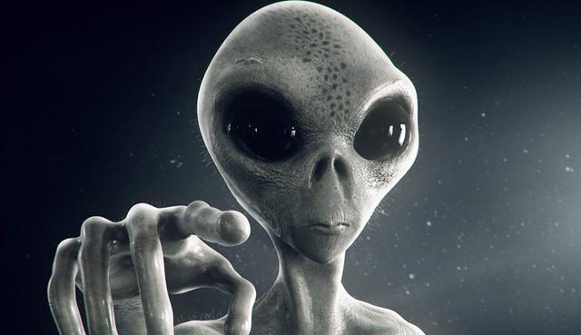 Загадочных гуманоидов нашли на снимках Меркурия и Луны