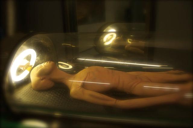 Загадка черных «саркофагов» с находящимися внутри таинственными телами