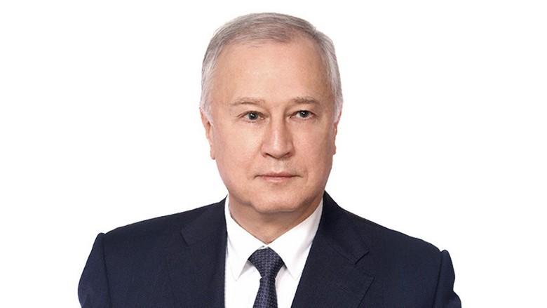 Валентин Уваров предлагает ввести «лунный оброк»