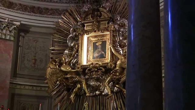 Чудо иконы Мадонны с двигающимися глазами из церкви в Римини