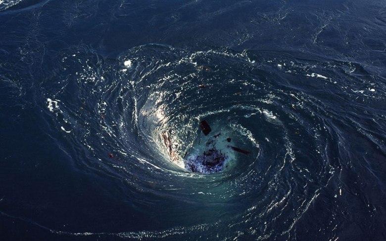 Обнаружены гигантские водовороты Атлантики