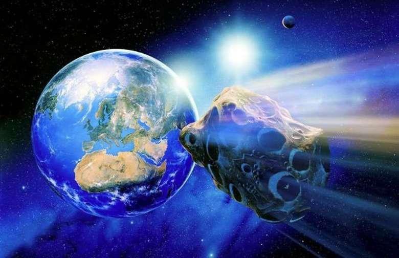 Огромный астероид летит к Земле