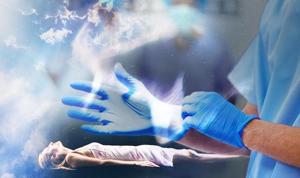 """Жизнь после Смерти: известный нейрохирург побывал """"на пороге смерти"""" и рассказал, что он за ним увидел"""