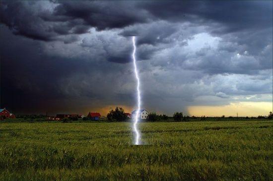 Молния попала в парня, и он увидел 117 сцен из будущего. 95 событий уже произошли 44070518