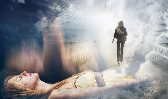 Женщина рассказала, что во время клинической смерти на скорости летела через туннель света