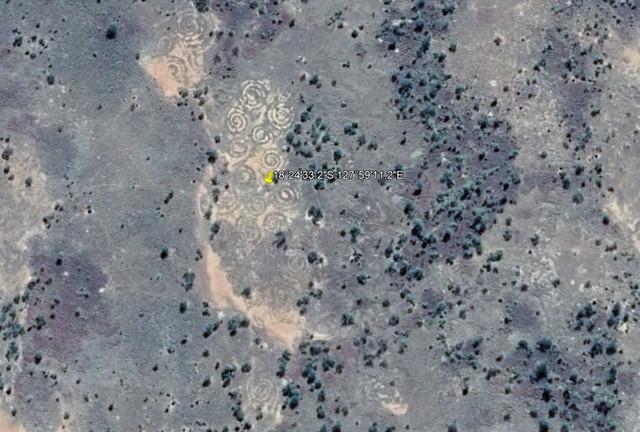 В австралийской пустыне нашли загадочные спиральные рисунки
