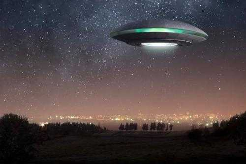 Очевидцы из Мичигана заметили НЛО в форме бумеранга