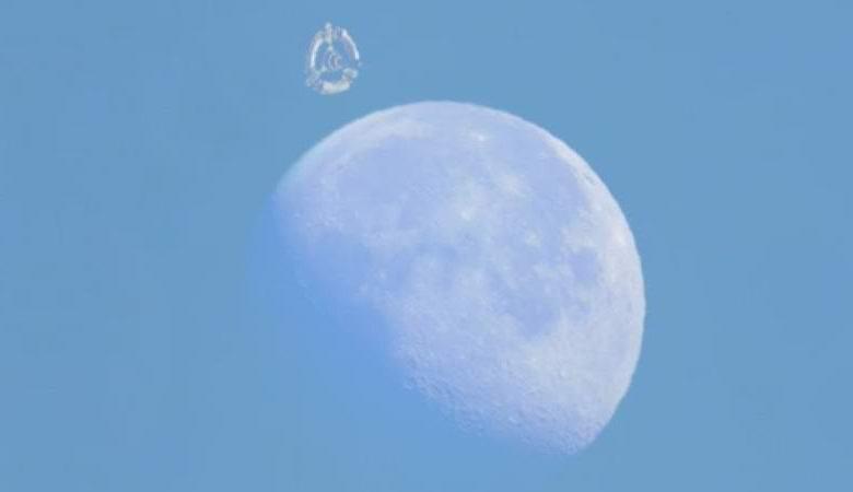 С «орбитальной станцией» возле Луны удивило уфологов и конспирологов
