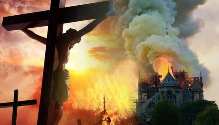Масоны сожгли Нотр-Дам-де-Пари