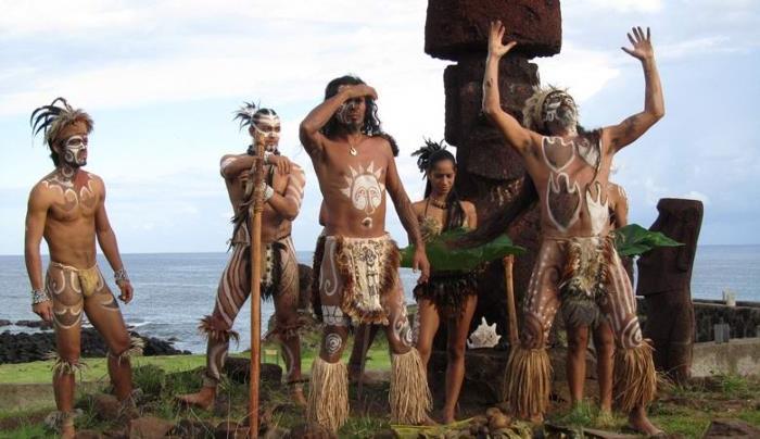 Жители Острова Пасхи Молились Вулкану
