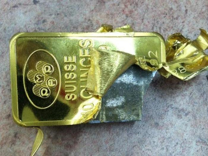 Ухань снова в центре глобального мегаскандала: золотой запас Китая сделан из позолоченной меди