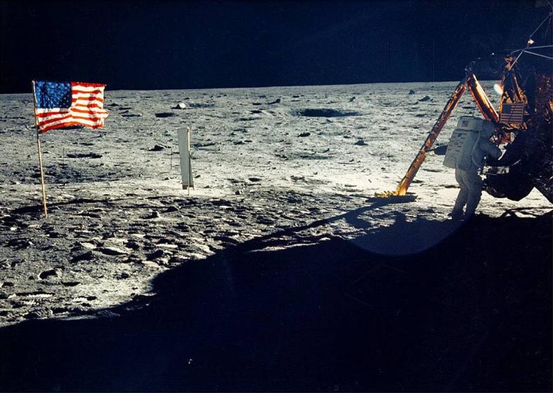 Зачем Людям Возвращаться На Луну За И Против Пилотируемых Экспедиций