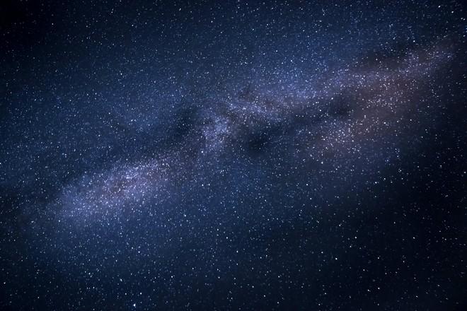 Физики сомневаются в появлении пучков нейтрино от слияния чёрных дыр