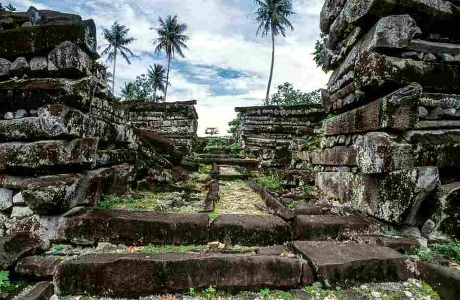 Нан-Мадол город богов - запретные темы истории