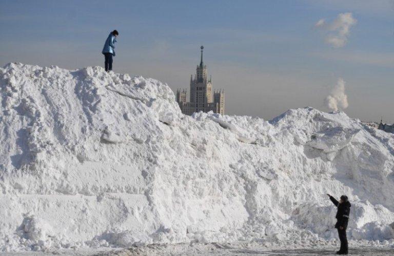 Может ли сдвиг полюсов вызвать избыточный снег?