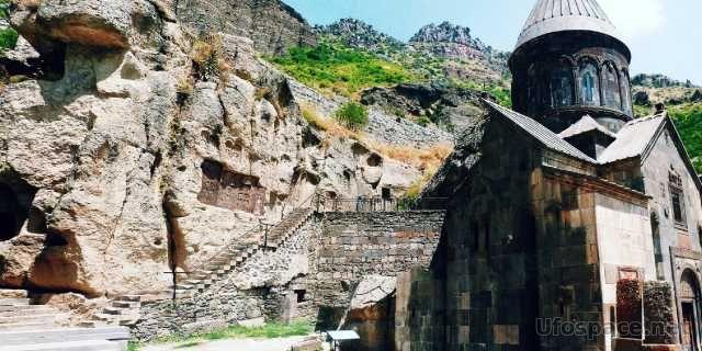 Гегард - храм копья судьбы в Армении