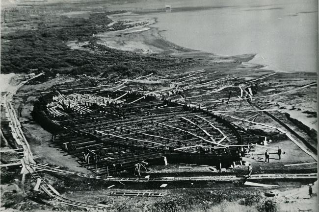 Тайна гигантских кораблей Калигулы: зачем Муссолини осушил священное озеро Неми