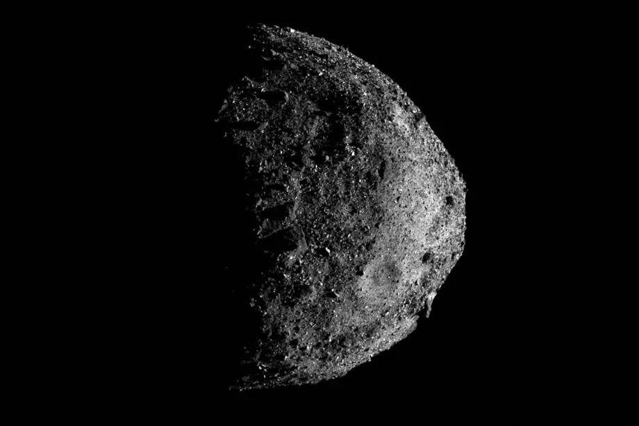 НАСА опубликовало новое фото «астероида апокалипсиса» Бенну