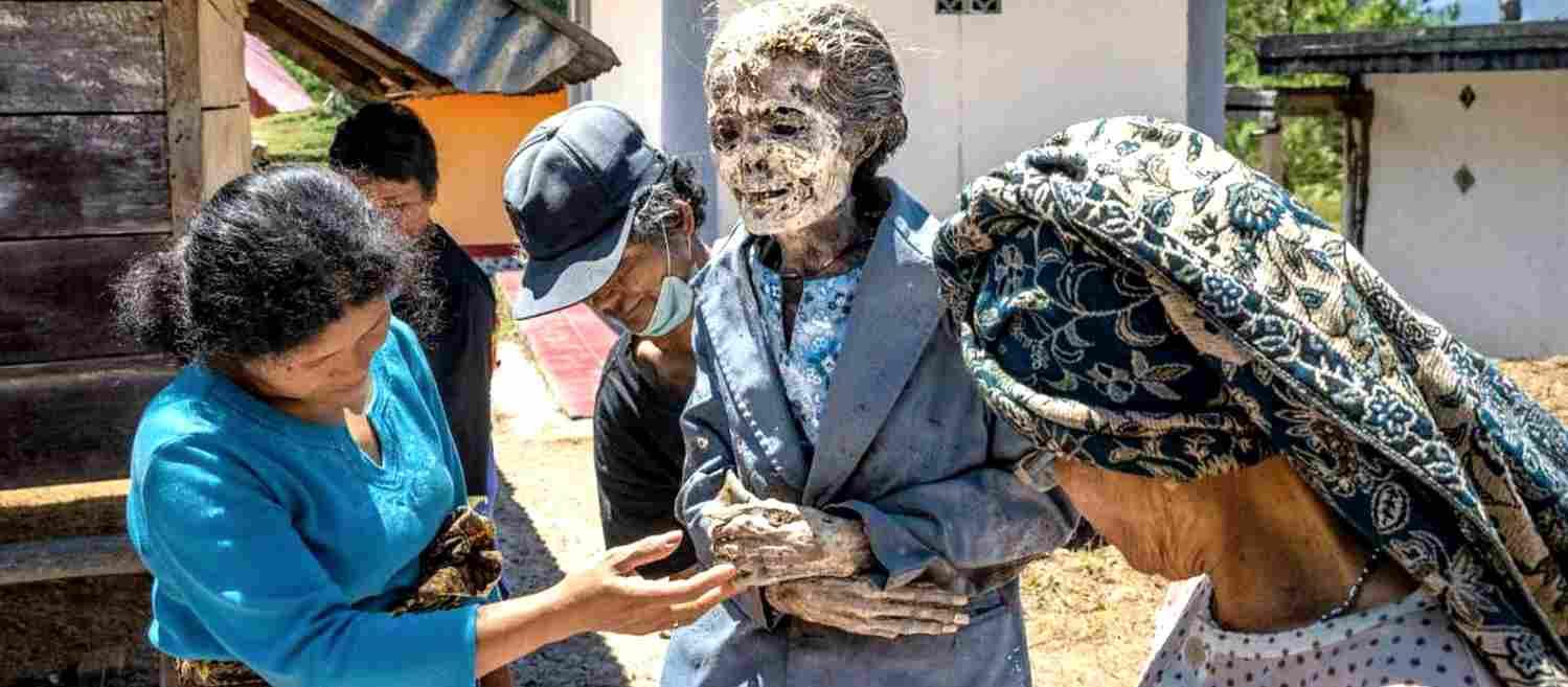 Тораджи - похороны и ритуалы