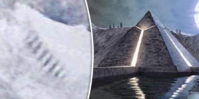 Ученые озадачены гигантской лестницей, найденной в Антарктиде