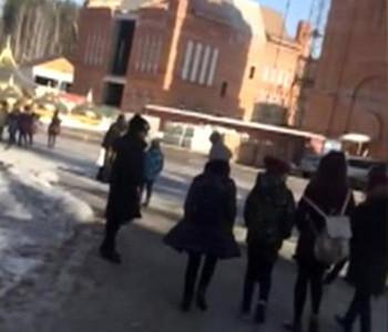 Обряд изгнания демона в Среднеуральском монастыре напугал школьников
